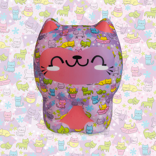 Soft'n Slo Squishies™ Designerz Cat is a cute, cat squishy.